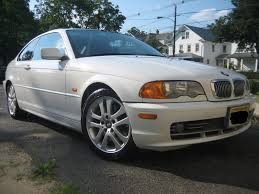 car brand auctioned bmw 3 series base coupe 2 door 2004 car model