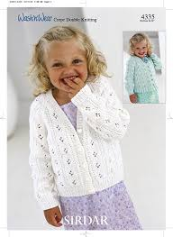 sirdar wash n wear dk children u0027s knitting pattern 4335 amazon co
