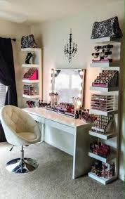 How To Organize A Vanity Table How To Organize Your Vanity Like A Beauty Junkie Makeup Palette