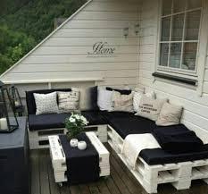 balkon bank houten paletten bank op balkon interieur inrichting