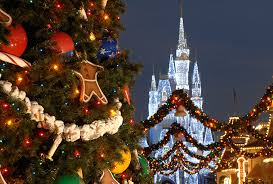 loved christmas at disney disney world pinterest