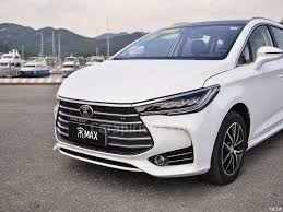 mitsubishi expander seat all new mitsubishi xpander to make its debut at indonesian motor