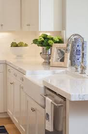 White Backsplash For Kitchen by Top 25 Best White Kitchen Decor Ideas On Pinterest Countertop