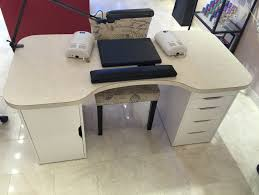 nail innovationz custom built desks come with our eat my dust vent