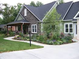 Landscaping For Curb Appeal - delightful curb appeal tips for craftsman style homes