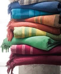 jeté de canapé pas cher jeté de fauteuil ou de canapé vert textile de maison damartsport