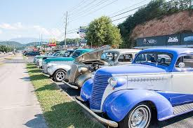 smokies attractions and events help car get in gear smoky