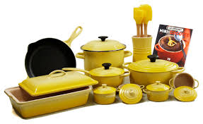 oven to table bakeware sets le creuset sets contemporary 24 piece cookware set with 4 5 quart