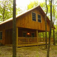Rustic Barn Wedding Venues Treehouses And Cabins The Mohicans Rustic Barn Wedding Venue