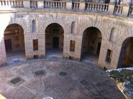 cortile palazzo farnese palazzo farnese a caprarola cortile circolare picture of