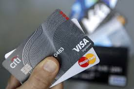 late credit card payments stoke fears for banks wsj