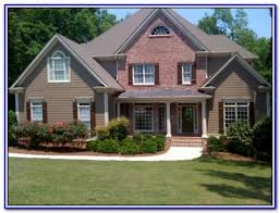 Colors That Go With Red Tan Brick House Red Brick With Green Siding Google Search Brick