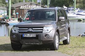 2006 mitsubishi pajero 3 2 di d related infomation specifications