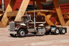 kenworth w900 model truck amt kenworth w 900 under glass big rigs model cars magazine forum