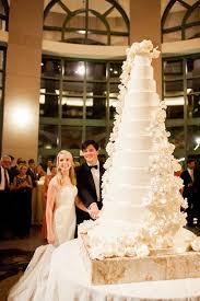 big wedding cakes best 25 big wedding cakes ideas on beautiful wedding