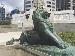 lions statues wellington cenotaph lions wellington new zealand lion statues
