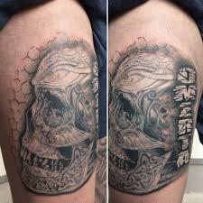 skull tattoo with celtic elementa omerta tattoo 2017 pinterest