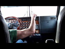 kenworth w900 kenworth w900l shifting and jakebraking youtube