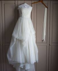 where to sell wedding dress lauryn sell wedding dress failed engagement