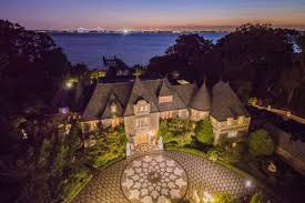 gatsby mansion mansion that inspired baz luhrmann s great gatsby on sale for 85