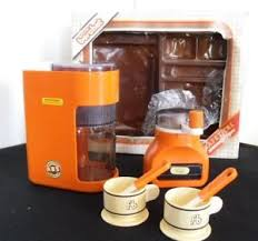 cuisine berchet jouet jouet berchet vintage orange 1970 cafetière moulin à café dinette