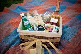 creative wedding guest gifts uptown events