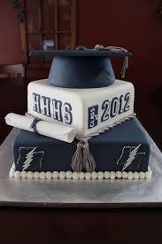 best 25 graduation cake ideas on pinterest graduation cakes