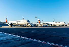 plan si es boeing 777 300er pal to take delivery of 2 boeing planes philstar com