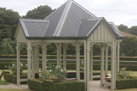 hedges estate backyard weddings