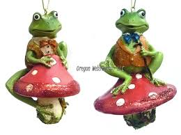 frog ornaments lights and garlands