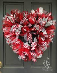 valentines wreaths basic wreath 2016 wreaths ruffles and bright