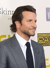 how to get the flow hairstyle 13 long and tousled bradley cooper men long hair pinterest