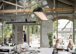 entrepot bureau bedaux de brouwer transforme l entrepôt ferroviaire hollandais en