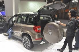 skoda yeti 2014 2014 skoda yeti l with boot mounted spare wheel boot open indian
