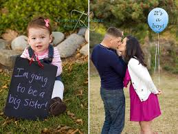gender reveal announcements pregnancy announcement and gender reveal loebe photography