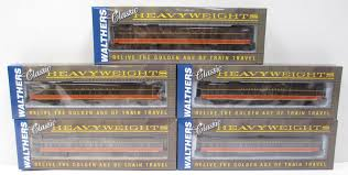 Buy walthers ho scale illinois central passenger cars 5 ln box