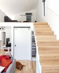 haus mit offene wohnzimmer treppen zu den schlafzimmer komfortabel