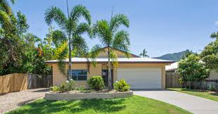 r3 23 sidlaw street smithfield qld 4878 house for rent ray