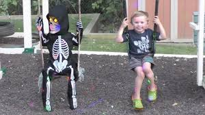 lil skelly bones spirit halloween animatronics jagger plays with