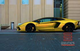 lamborghini car gold car wrap in miami graphic designers u0026 installers experts certified