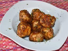 cuisiner chair à saucisse boulettes de volaille et chair à saucisse au miel et au thym