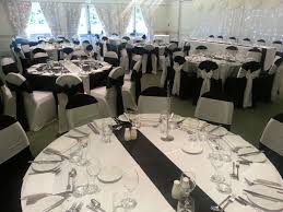 Black And White Table Cloth Wow Loved Doing This Set Up Black And White Tablecloths Black