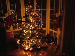 Images Of Christmas Window Decorations by Christmas Window Decorating Ideas Photo Gallery