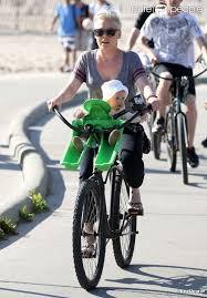 siège vélo pour bébé siège pour vélo bébé le vélo en image