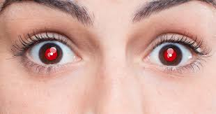 bright flashes of light in eye what causes red eyes in photos and how to fix the red eye effect