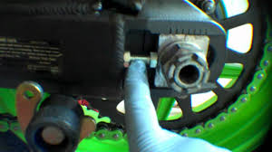 installing the rear wheel on a motorcycle 2008 kawasaki zx6r
