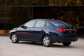 hyundai ecomods the 2010 elantra mpg up by 8 city 6 hwy