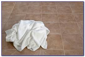 best way to clean vinyl floors uk flooring home design ideas