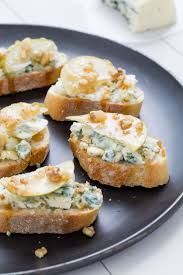 14 insanely addictive party toasts blue cheese pears and pear