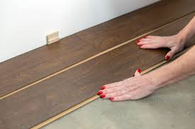 Diy Laminate Flooring How To Install A Laminate Floor How Tos Diy